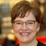 Photo of Kim Lowe, Non Executive Board Director